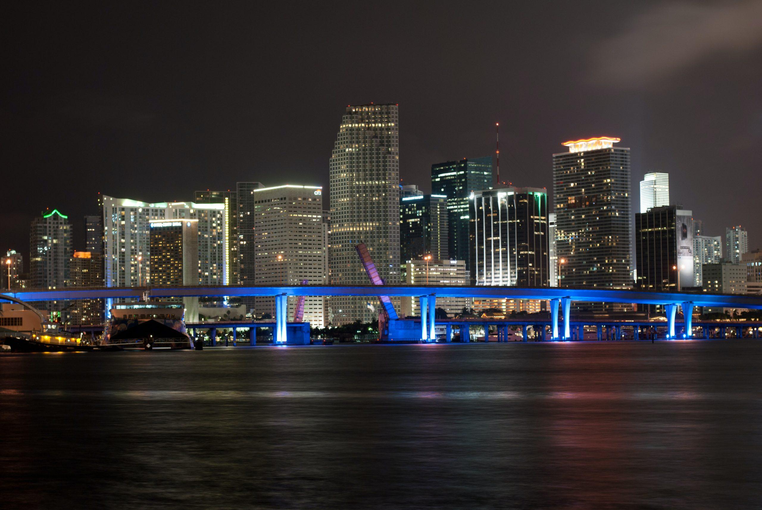 """La ciudad de Miami tendrá su propia criptomoneda, el """"MiamiCoin"""""""
