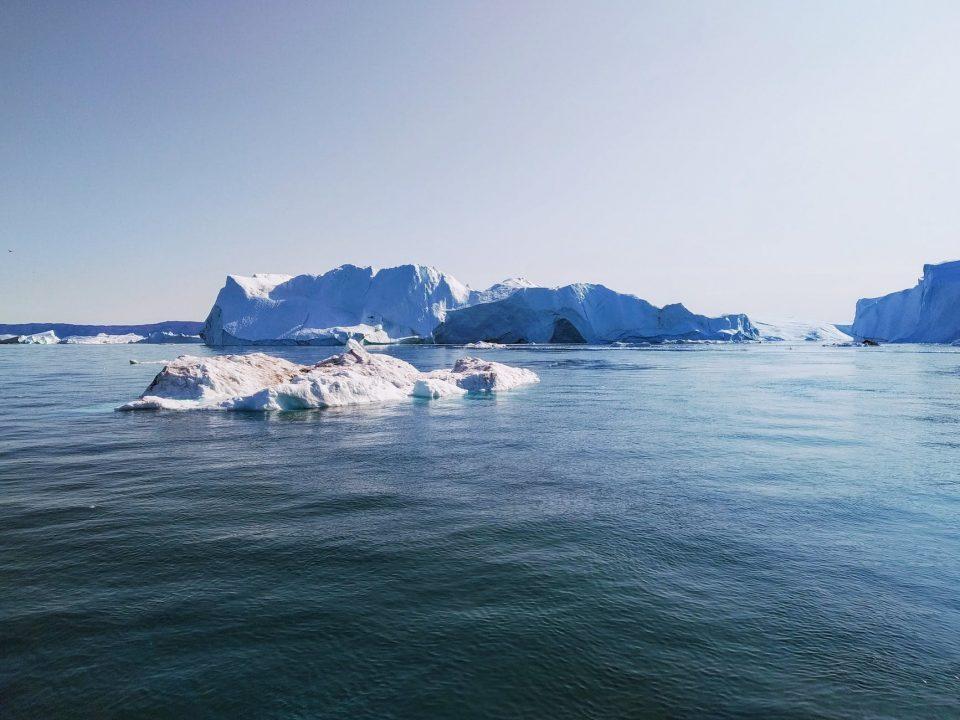 Gates y Bezos invierten en exploración de metales en Groenlandia