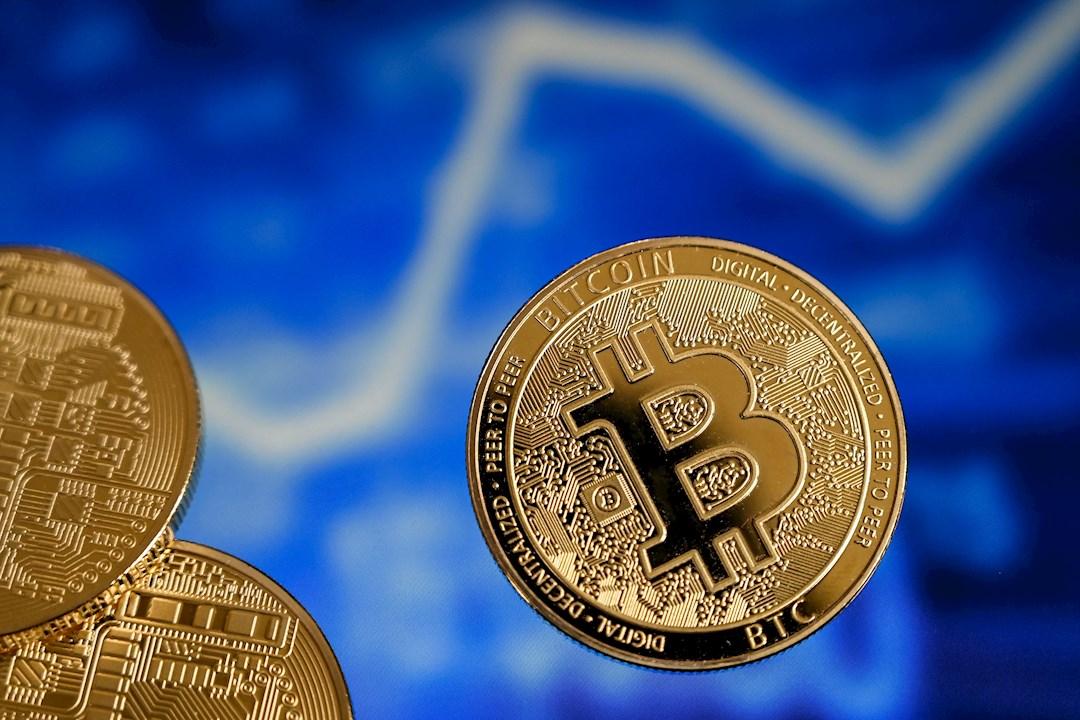 Puede haber una aversión total hacia el bitcoin: economista
