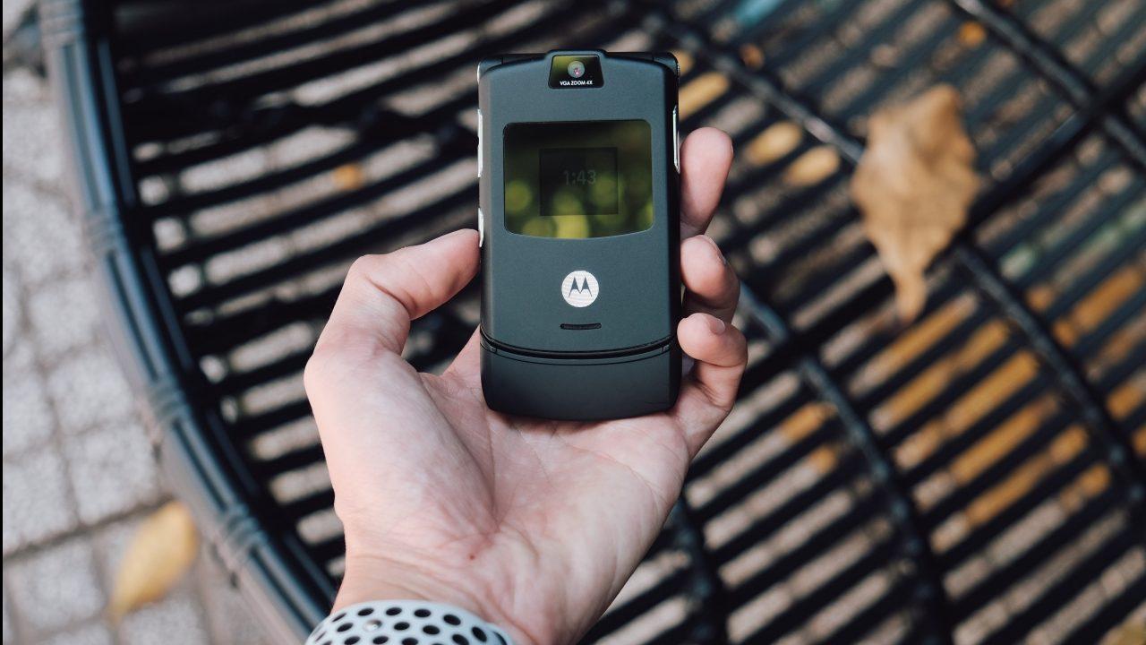'Super Charging' de Motorola sería capaz de cargar 4 smartphones a distancia
