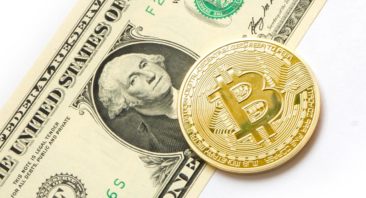 El Salvador aprovecha caída masiva en valor de criptomonedas y compra más bitcoins